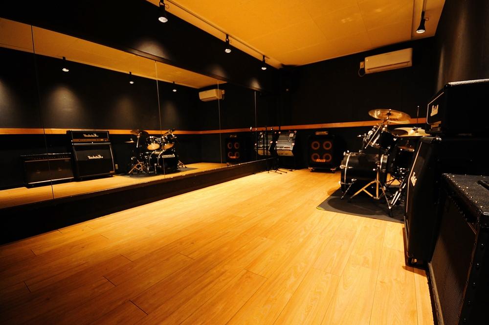 音楽天国・藤枝店の6studio