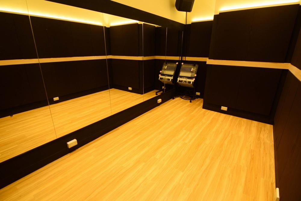 音楽天国・名古屋ささしまライブ店の4studioでダンス練習