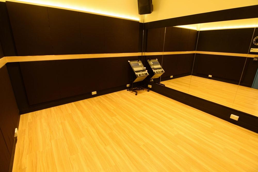 音楽天国・名古屋ささしまライブ店の5studioでダンス練習