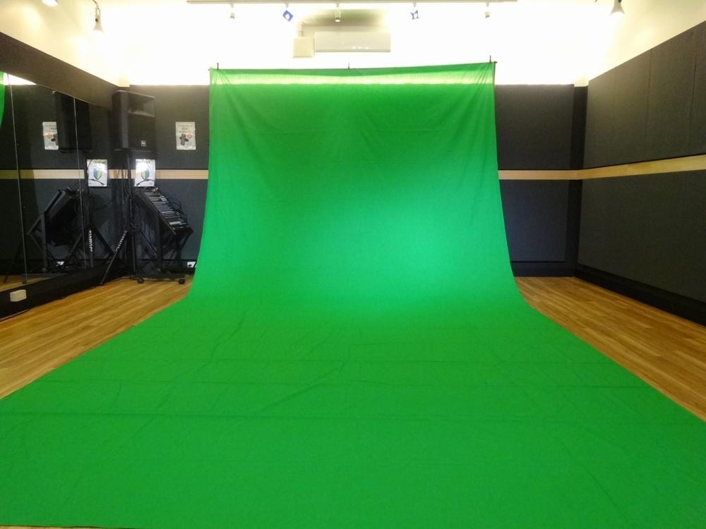音楽天国・静岡草薙店5studioでクロマキーを使って動画撮影