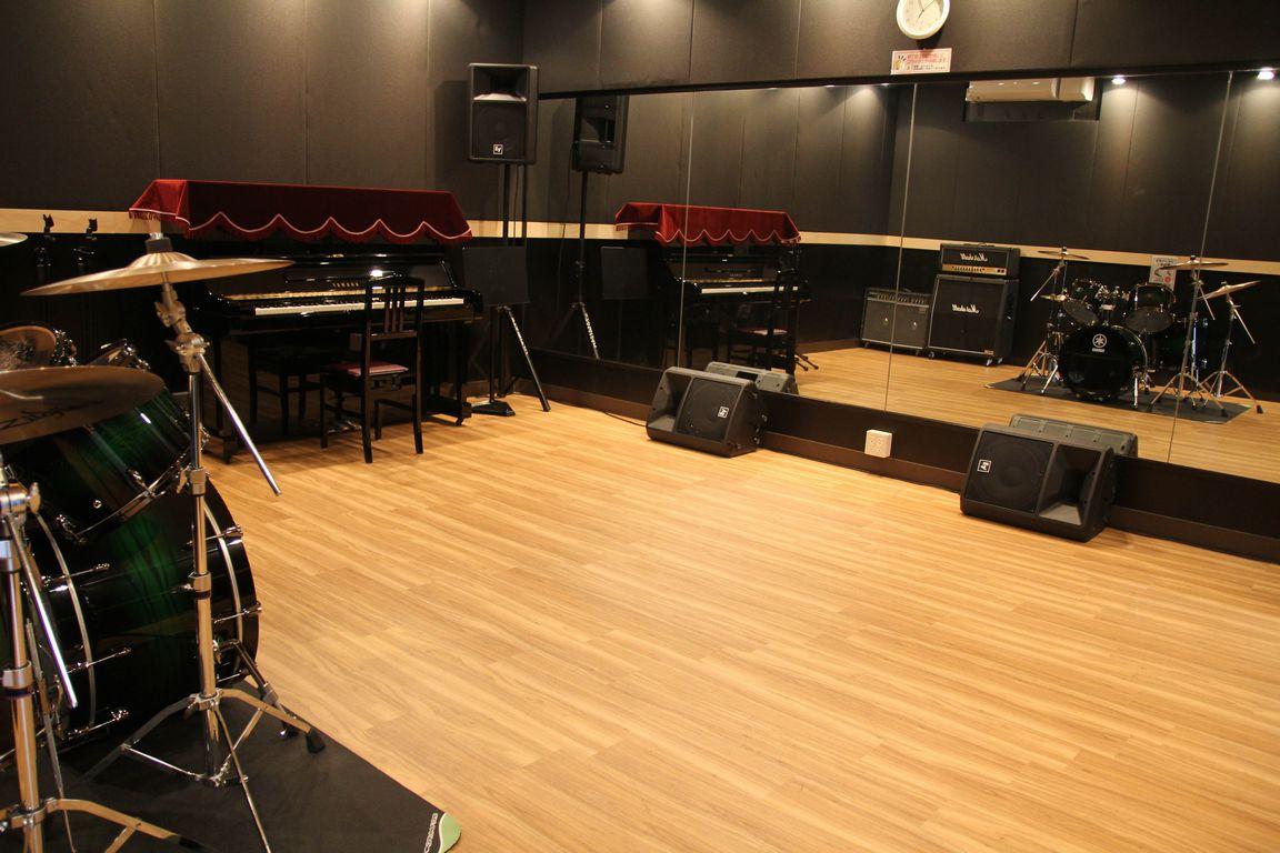 音楽天国・浜松市野店 5スタジオ