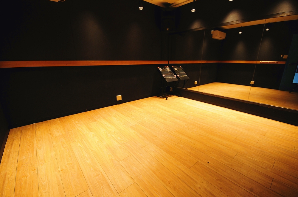 音楽天国・藤枝店の4studioでダンス練習