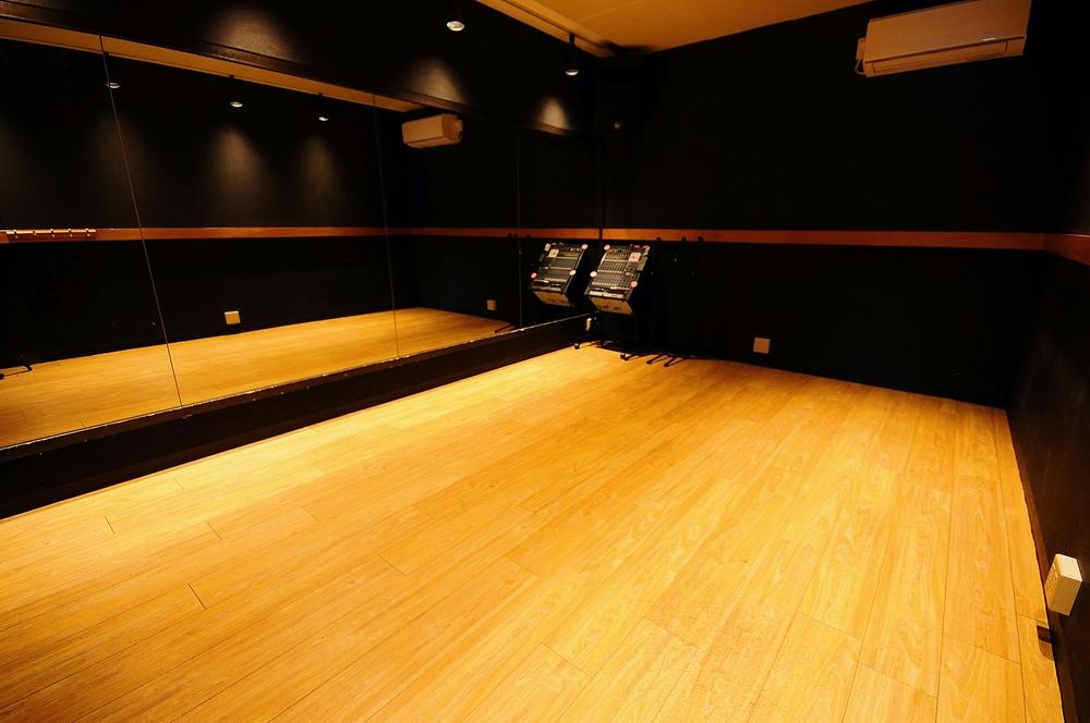 音楽天国・藤枝店の5studioでダンス練習