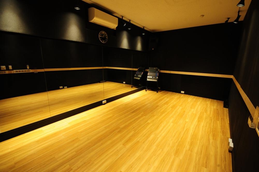 音楽天国・浜松市野店の5studioでダンス練習