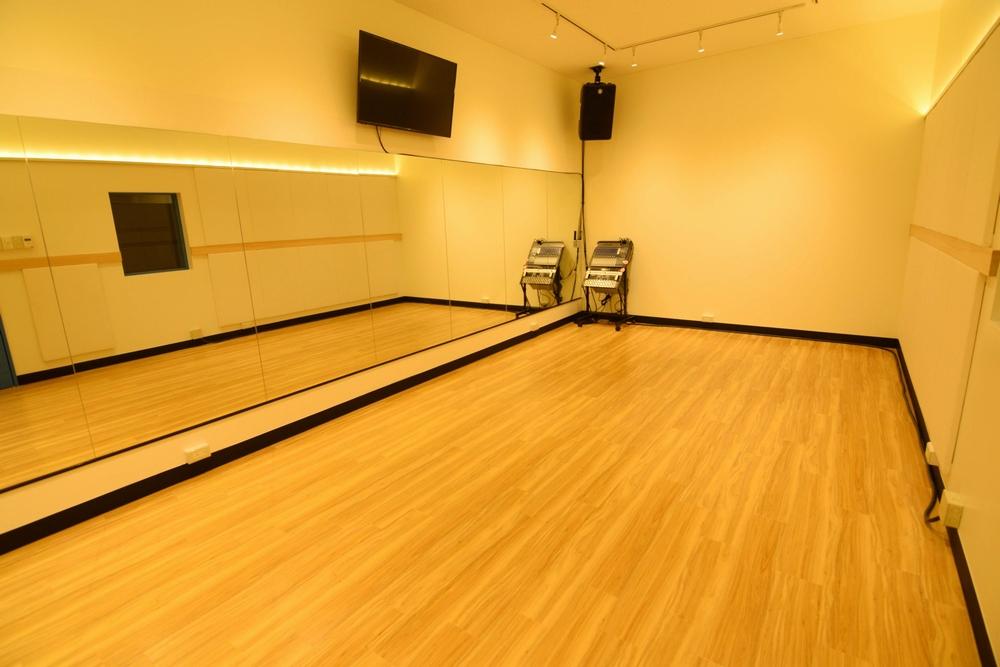 音楽天国・名古屋ささしまライブ店の7studioでダンス練習