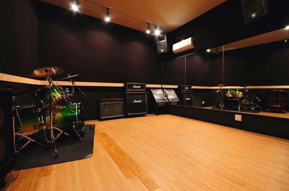 音楽天国・静岡駿河店の4studio